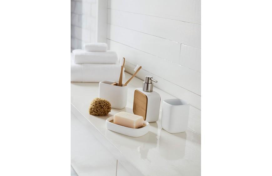 Les accessoires de salle de bain